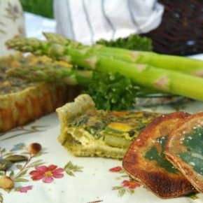 Tarte aux asperges & chips façon «herbier» (végétarien)
