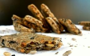 Biscuits apéritifs aux olives et aux graines de tournesol(vegan)