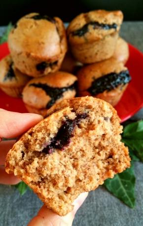 Muffins aux épices et à la confiture de myrtilles(vegan)