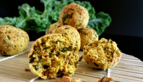 Boulettes de légumes à l'okara de soja : kale, carottes et curry(vegan)